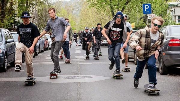 Abbigliamento skate: tutto quello che serve per essere fighi senza spendere un capitale
